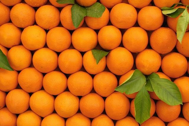 - orange - चेहरे से दाग-धब्बे दूर करने के घरेलु उपाय
